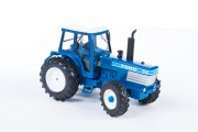 Britains 43012: model 1:32 traktor FORD TW35