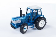 Britains 43011: model 1:32 traktor FORD TW25