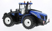 BRITAINS 43193 1:32 Traktor NEW HOLLAND T9.530